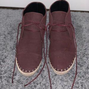 Maroon wedge sneakers